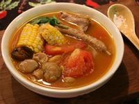 南瓜番茄粟子排骨湯