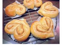 心型花生/芝麻甜麵包(低熱量版)