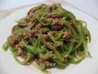 免油絲瓜炒肉絲【省錢料理】