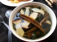 剝皮辣椒海帶菇湯(素)