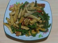 沙茶香炒青椒豆干