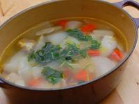 零廚藝必學湯品 - 牛蒡蘿蔔排骨湯