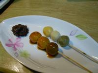 日式三色串糰子