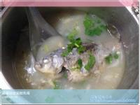 蘿蔔絲皮蛋鯽魚湯