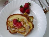 草莓法式吐司 ❤『鷹牌煉奶』