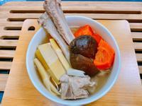 桂竹筍燉排骨 湯
