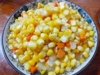 家常 洋蔥紅蘿蔔炒玉米粒