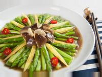 雙筍燴鮮菇@美麗人妻Selina Wu