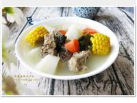 [玉米蘿蔔昆布排骨湯]鮮美家常湯品