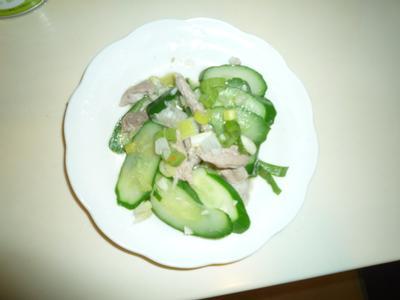 黃瓜炒肉絲