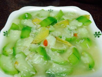 絲瓜燴金針菇