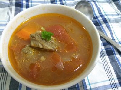 蕃茄蔬菜牛肉湯