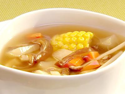 五行養生蔬菜湯 │ 湯鍋裡的元氣