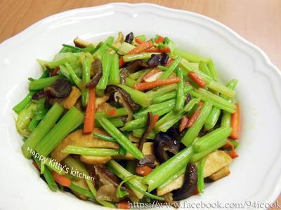 ♥憶柔蔬食♥芹菜炒豆干