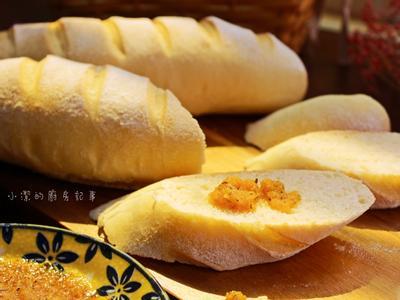 法國麵包佐蒜香抹醬