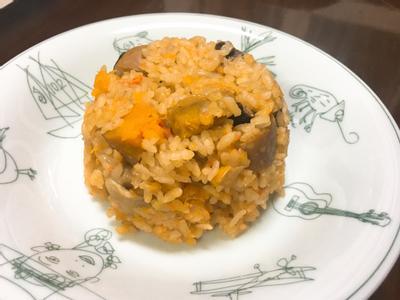 一口接一口菇菇南瓜炊飯
