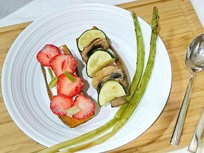 烤地瓜開放式三明治。輕食無油料理