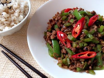 豆豉青椒炒牛絞肉-10分鐘家常菜