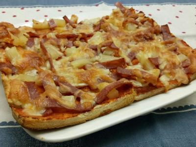 吐司邊夏威夷披薩