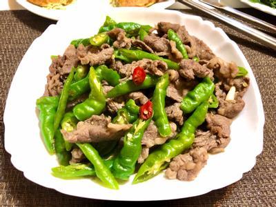糯米椒辣炒牛肉片