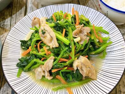 菠菜炒肉片