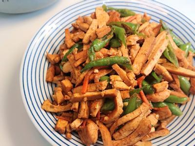 糯米椒炒雞絲豆乾