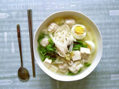 💡懶人料理《家常青菜豆腐餛飩湯麵》🍜