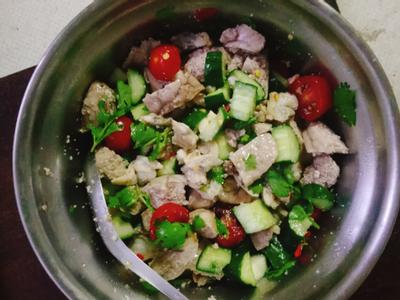 泰式涼拌魚卵沙拉