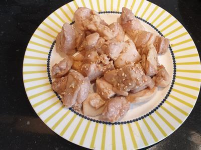 芝麻蜂蜜雞腿肉