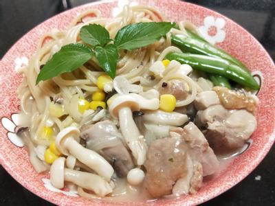 嫩雞蕈菇意大利麵