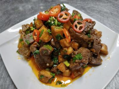麻辣香根牛肉-下酒菜