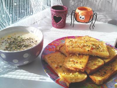 Amber專屬自製大蒜醬&玉米濃湯