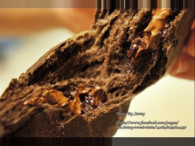 黑眼豆豆麵包