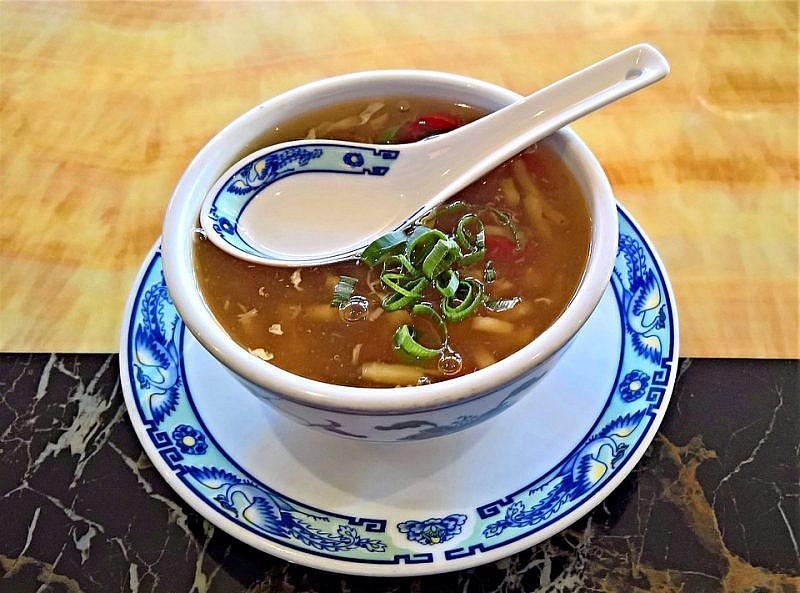 勾芡是中式經典料理技法,但使用勾芡就一定不健康嗎?