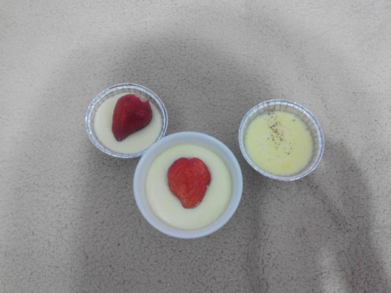 草莓鮮布丁