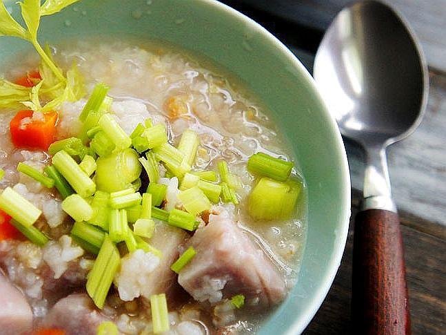 VIVI 暖心的芋頭糙米粥