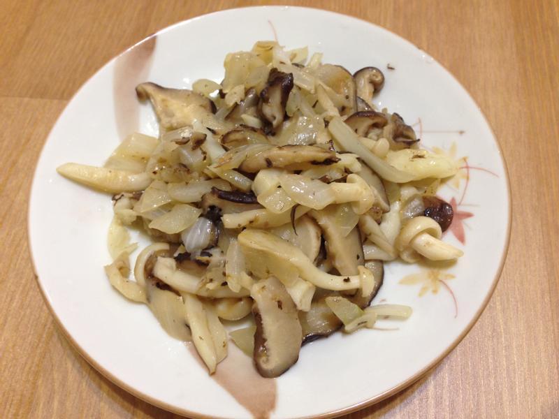 麥伊煮・洋蔥菇菇炒