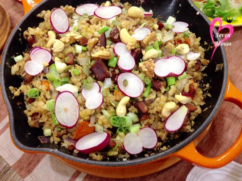 藜麥糙米堅果烏魚子炒飯