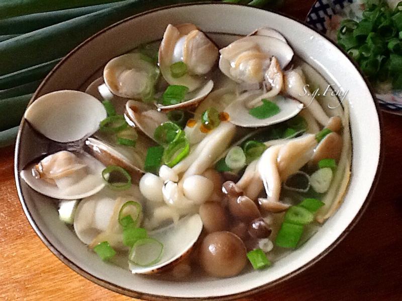 菇菇蛤蠣湯
