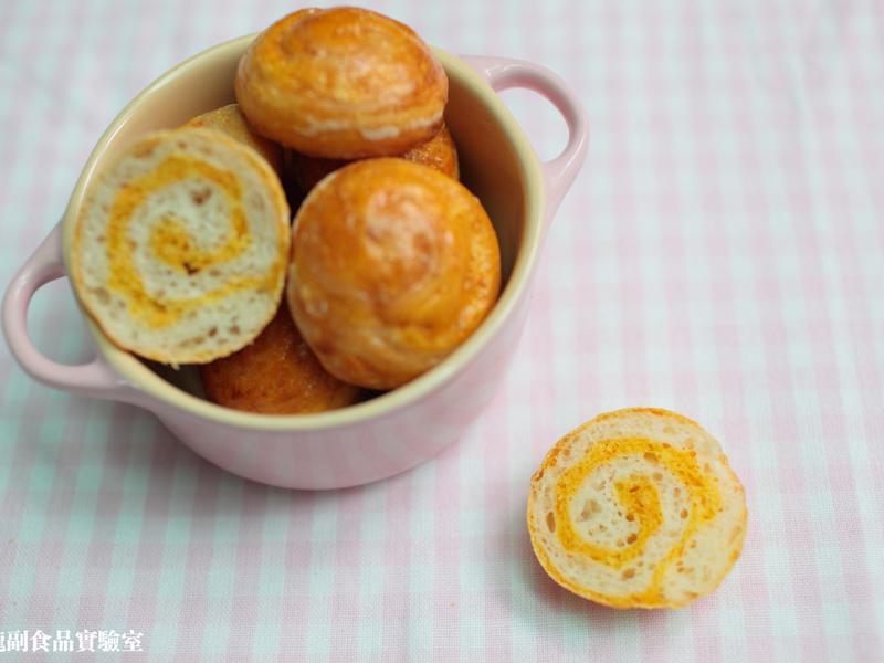 寶寶食譜【一口紅蘿蔔麵包】(免揉 無油)