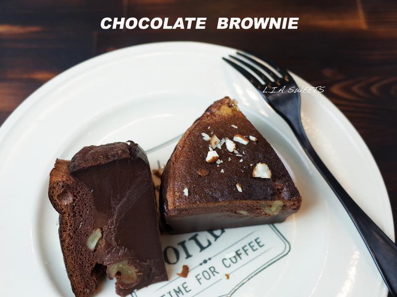 巧克力布朗尼魔法蛋糕