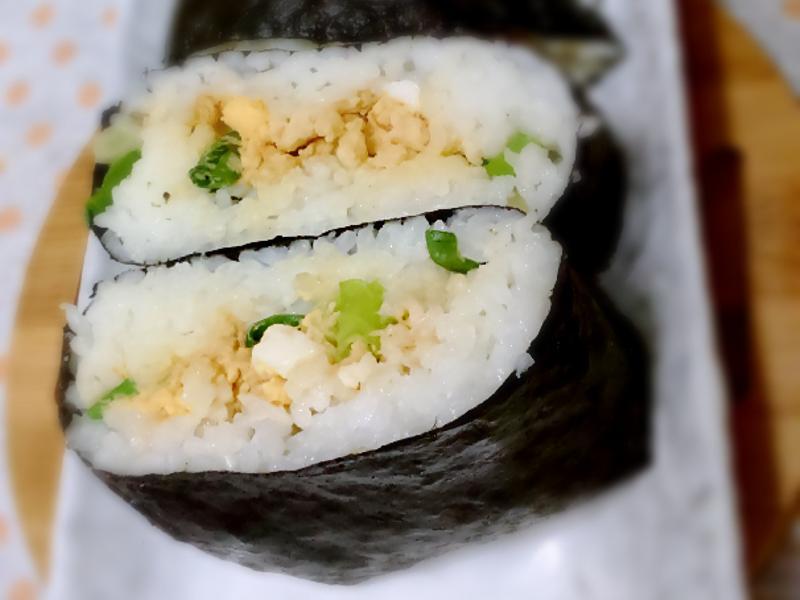 日本超人氣~三分鐘不用捏的飯糰