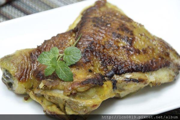薑黃烤雞腿