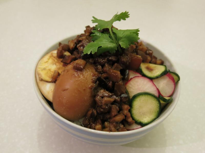 古早味香菇滷肉飯