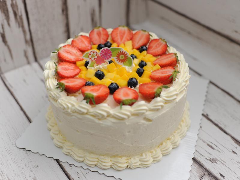 芒果草莓奶油蛋糕(圖解)