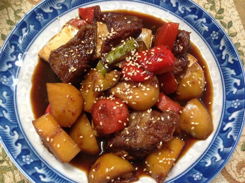 韓式燉牛排骨갈비찜