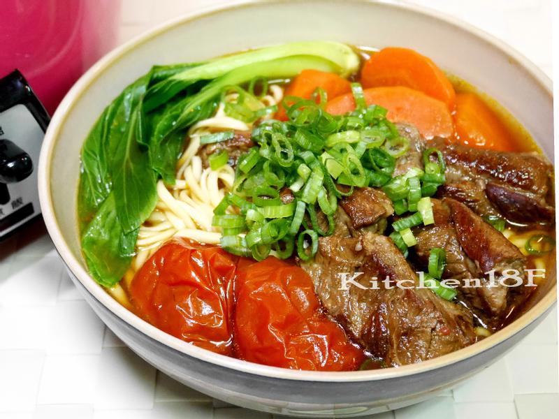 紅燒番茄牛肉麵_電鍋料理 [18食堂]