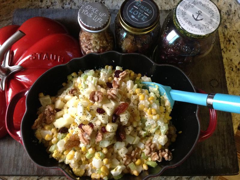 蘋果芹菜堅果美奶滋馬鈴薯沙拉
