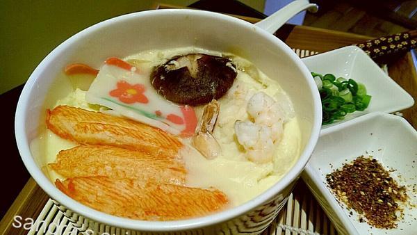 日式蒸蛋烏龍麵