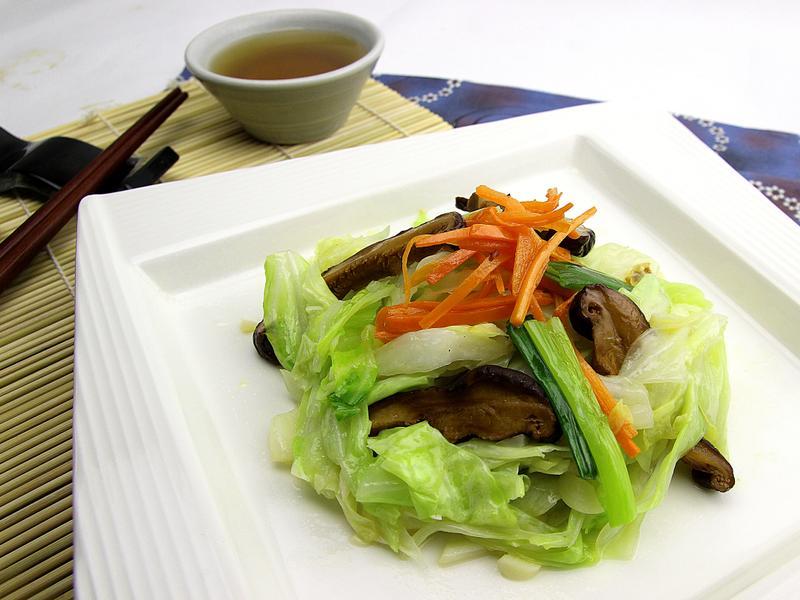 【快樂煮義】香菇炒高麗菜